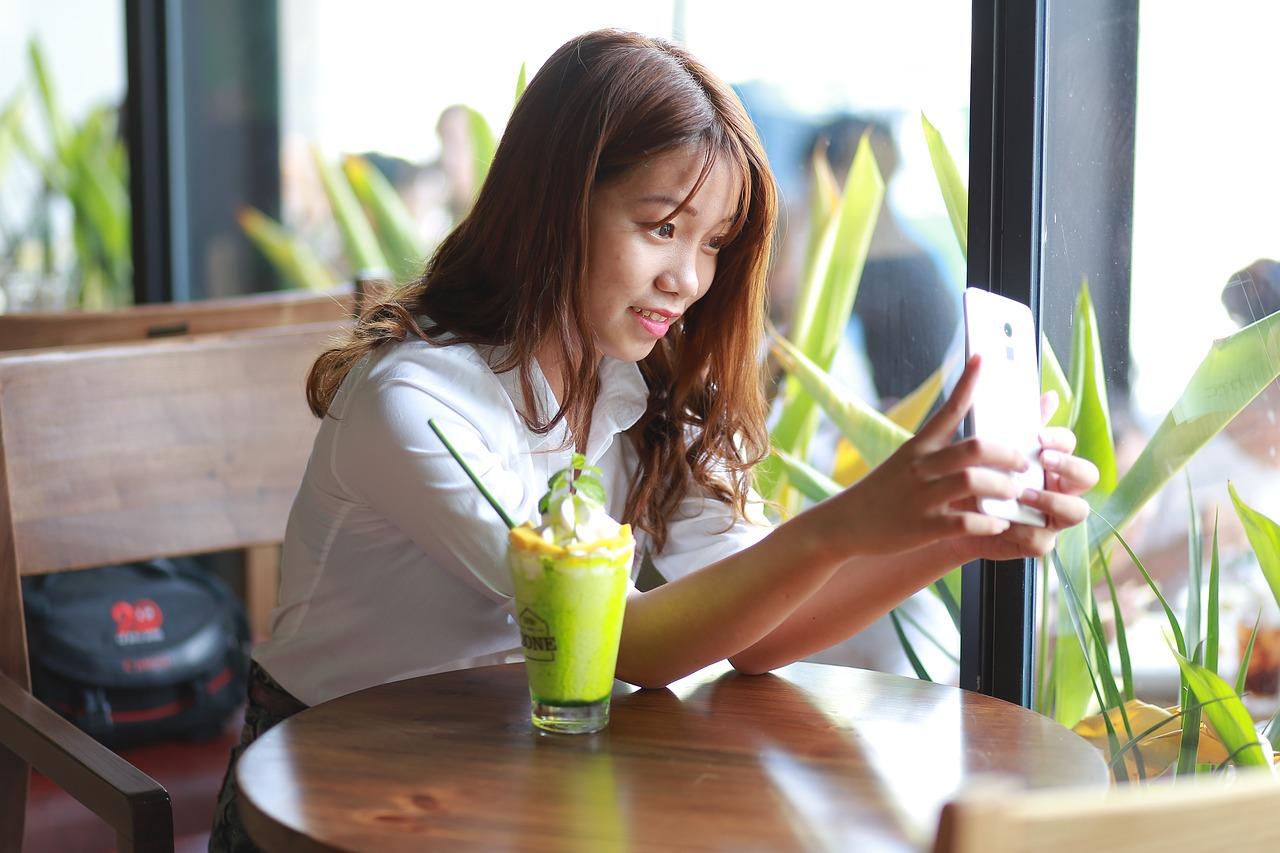 Meet Asian Women Online